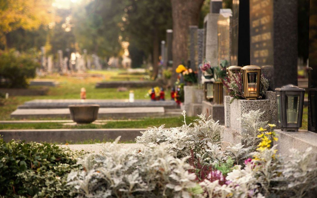 Placing Cremated Remains in a Cemetery